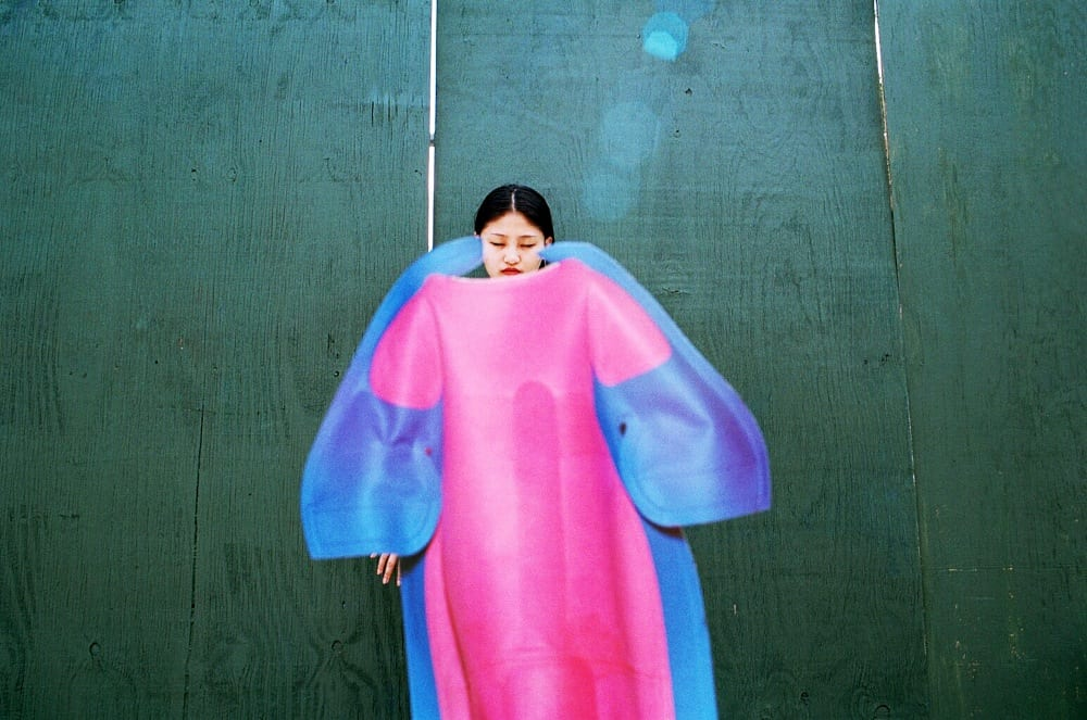 Ina Jang, xi in a dress, 2013 © of the artist
