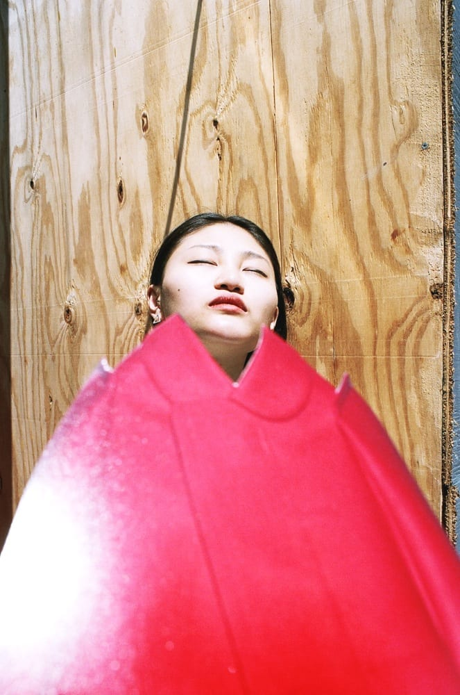 Ina Jang, xi in red, 2013 © of the artist