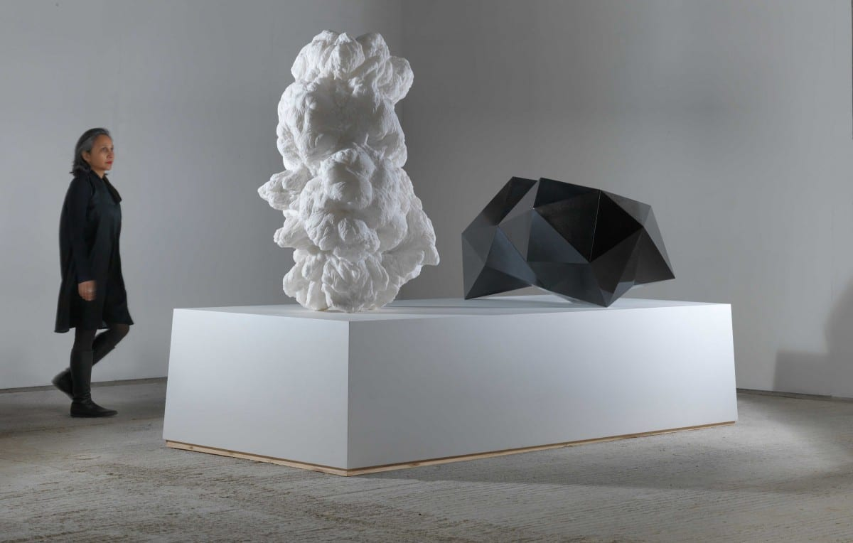 Mat Chivers, Syzygy, Quinto do Ebro alabaster and Indian black granite, 190 x 140 x 260 cm, 2011 © Peter Thorpe