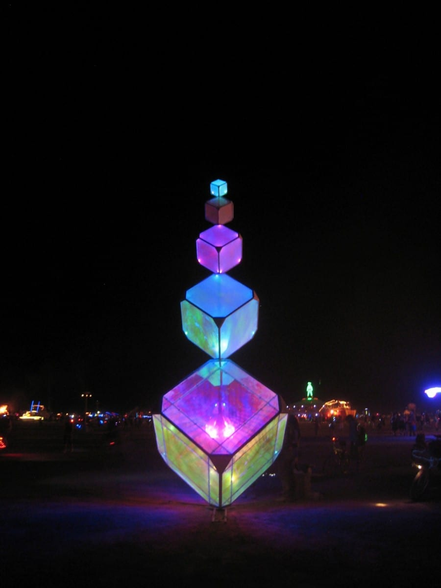 Construction of (In)Visible at Burning Man, 2013 ©Kirsten Berg