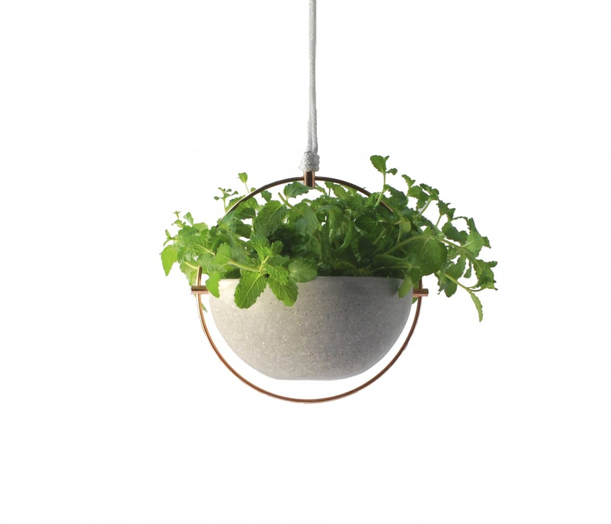 Hanging pot, Materiality series ©Cooperativa Panoramica