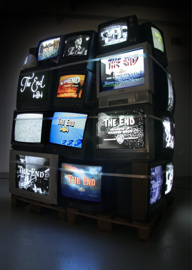 "Danial Nord, Monument, installation for UCR/California Museum of Photography, 5'6"" x 5'6"" x 8', 2009 ©Danial Nord"